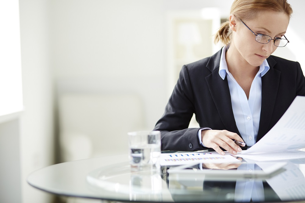 How To Overcome Investment Risks As A Woman